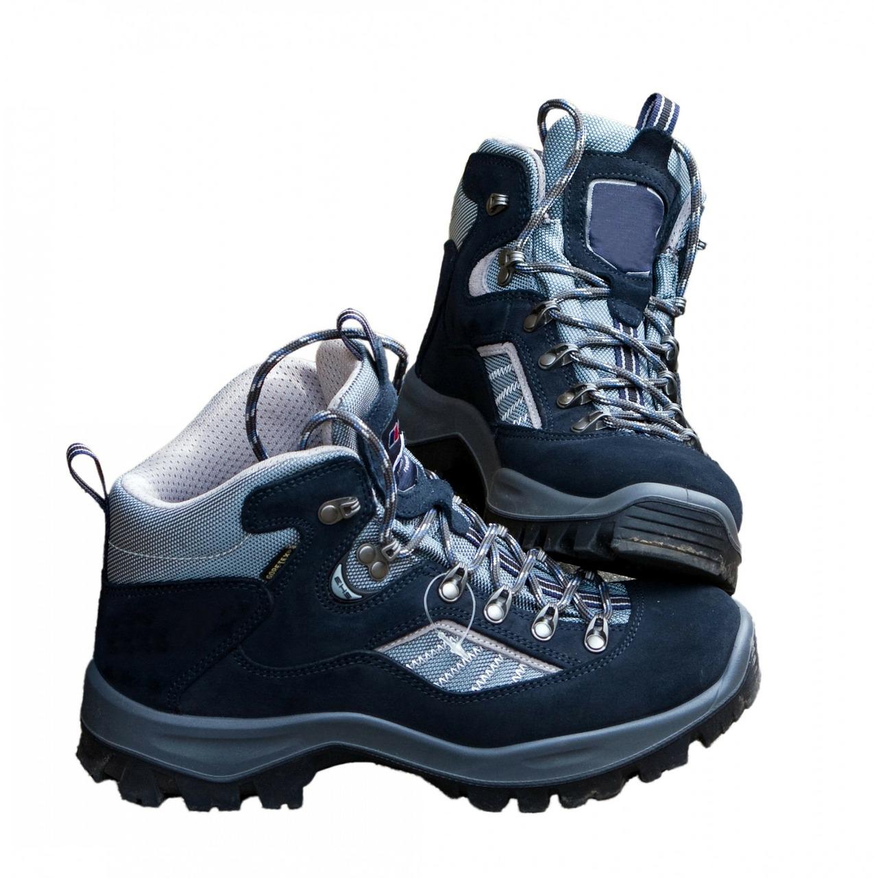 walking-boots-220499_1280