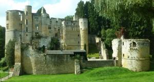 Wie im Märchen: Die Burgruine Beaufort mit Likörverkostung